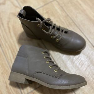 Gray ankle lace up boots